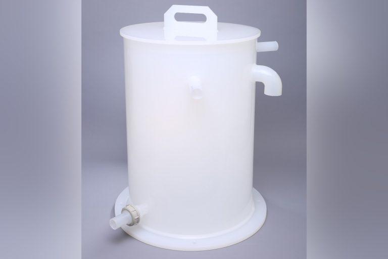 kunststoff-baugruppe-medizintechnik-kunststoffbehälter-natur-kunststoffschweissen-kunststoffdrehen-polypropylene-pp-smkunststoff