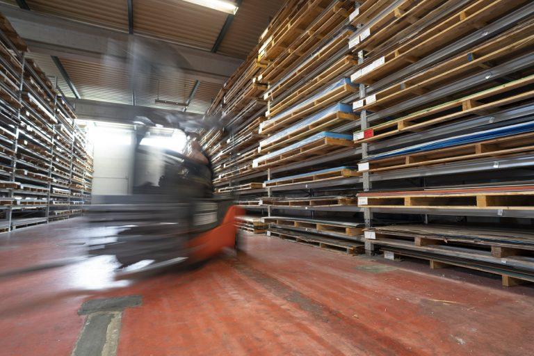 kunststoff-handel-lager-kunststoffzuschnitt