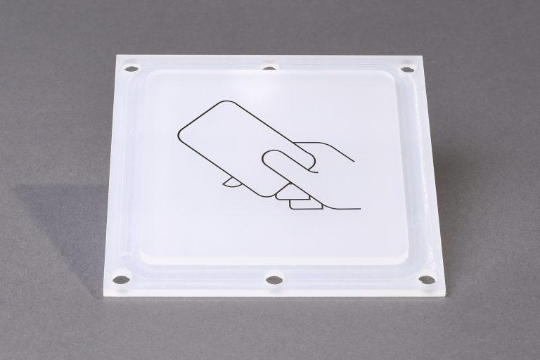 kunststoff-tampondruck-sm-kunststoff-lackiert-pmma-maschinenbau-medizintechnik-operationstisch-anlagenbau-sicherheitstechnik