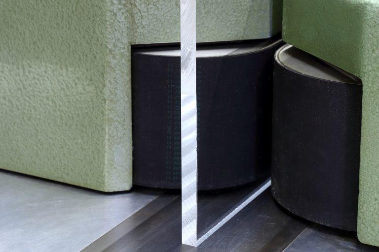 kunststoff-zerspanen-diamantpolierfräsmaschine-plexiglas-acrylglas-polymethylmethacrylat - Kopie